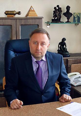 Генеральный директор - Ваинмаер Евгений Егорович